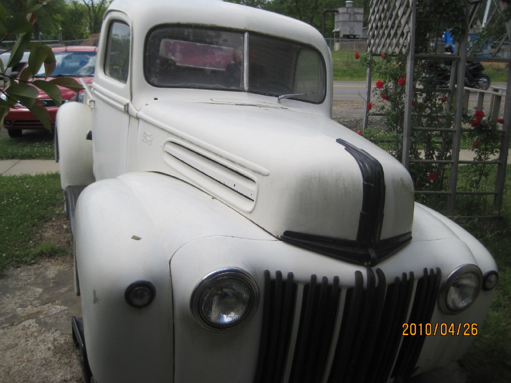 1942 Ford PU Front Side
